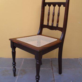 Cadeira de Jantar Emapalhada - Depois